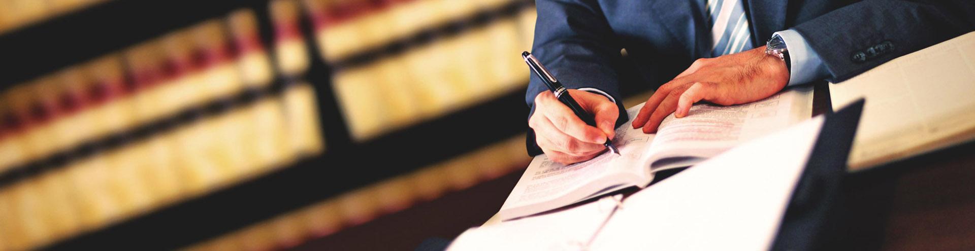 Адвокат по административным делам в Калуге и Калужской области